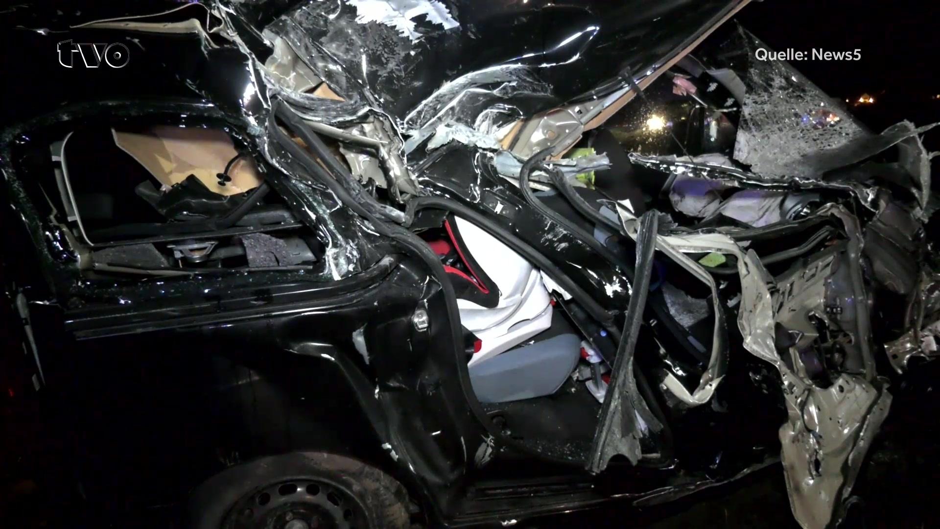 Schwerer Unfall bei Marktrodach: Baby (6 Monate) stirbt nach ...