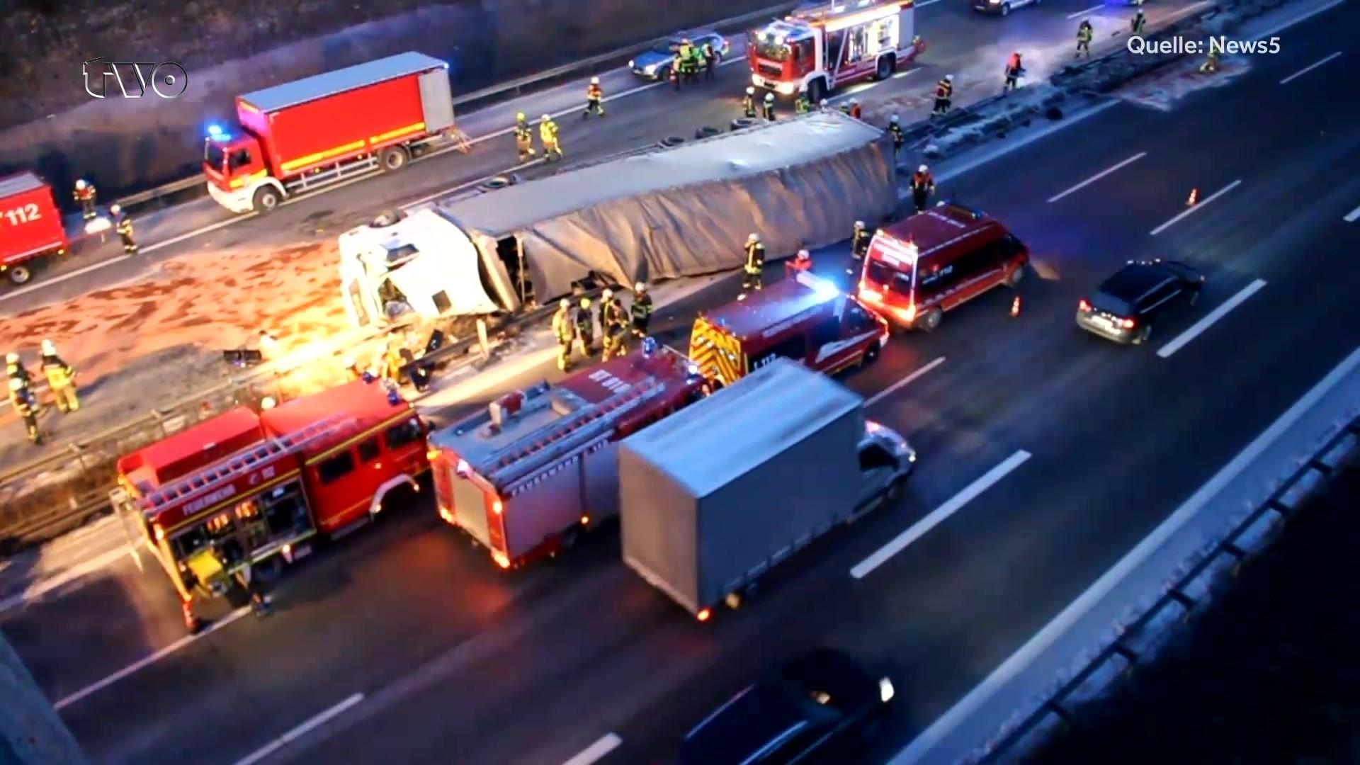 Autobahn A9 Tödlicher Unfall Am Autobahnkreuz Bayreuth Kulmbach